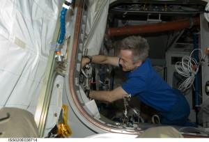 Bob Thirsk, Mr. Fix it, in orbit in 2009