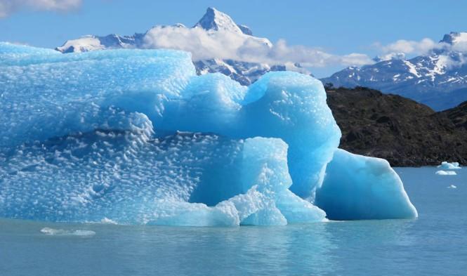 Melting ice on Upsala Glacier, Argentina ~ Etienne Berthier photo